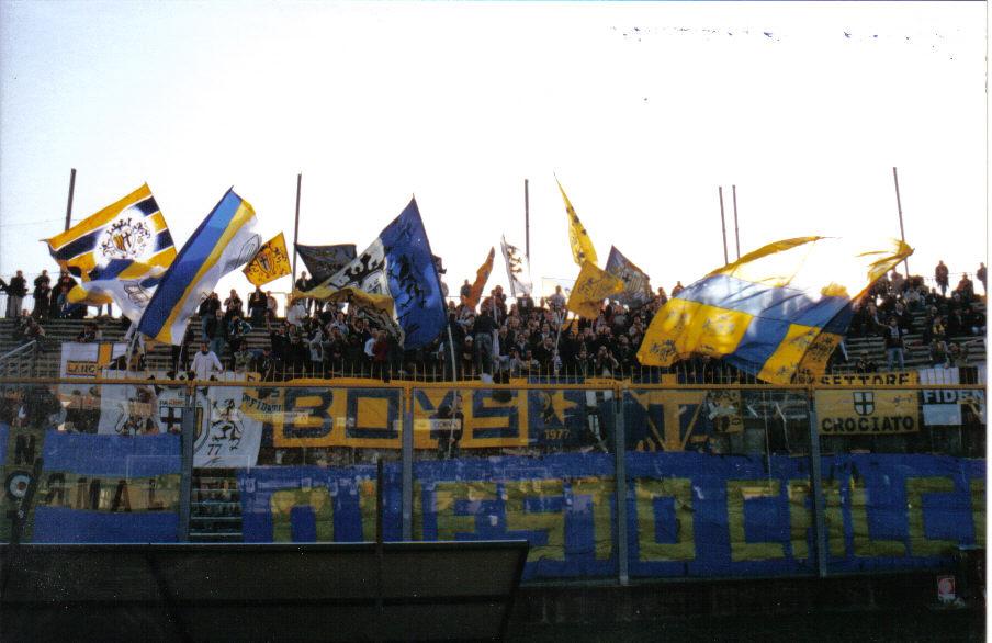 BresciaParma2003Tifo
