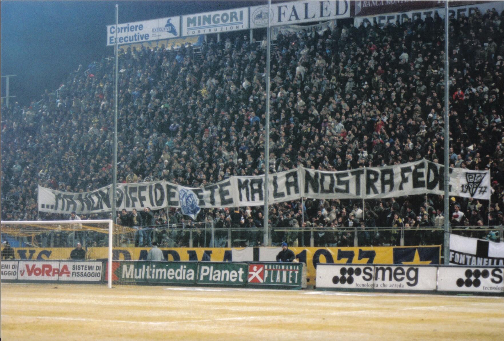 ParmaBologna2002Tifo